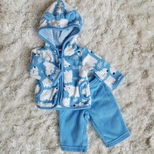 Carter's Newborn Set